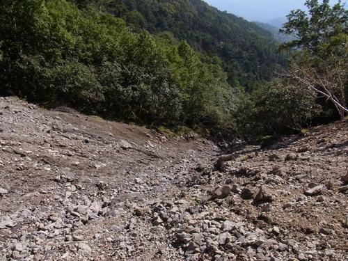 38 黒岩遥拝石~竜巻山6 俯瞰